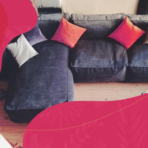 Бескаркасная мебель как реквизит для фотосессии