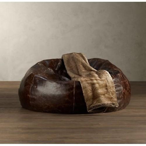 Советы дизайнеров: как использовать кресло-мешок в интерьере